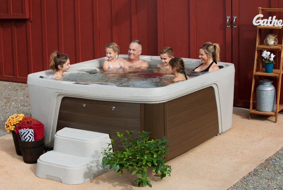 The Monterey Premier spa is the largest in the Freeflow line, comfortably seating up to 7 people. | HotSpring Spas