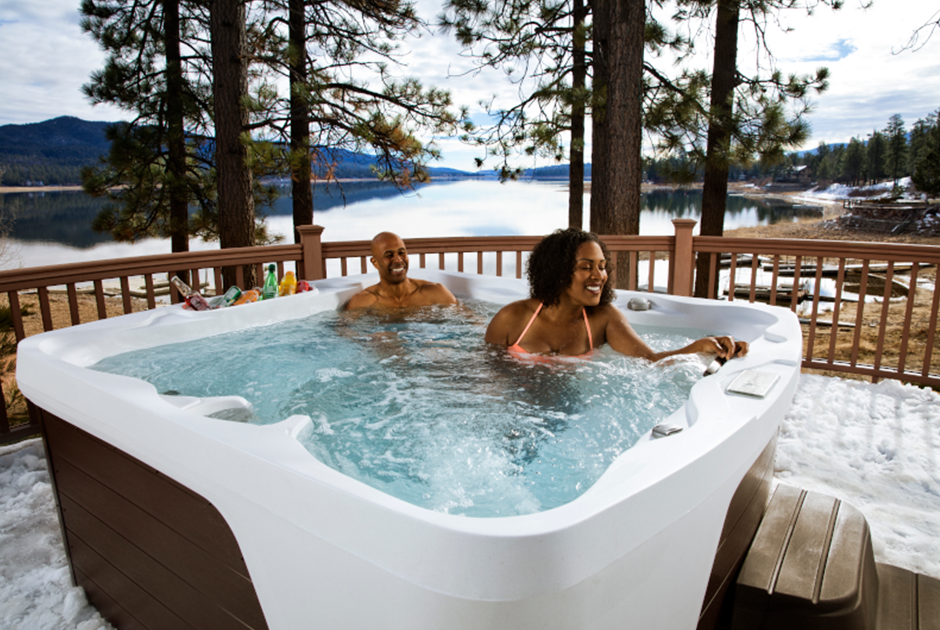 Enjoy the Monterey Premier's 22 hydrotherapy jets and ice-cold beverages from the molded-in ice bucket. | HotSpring Spas