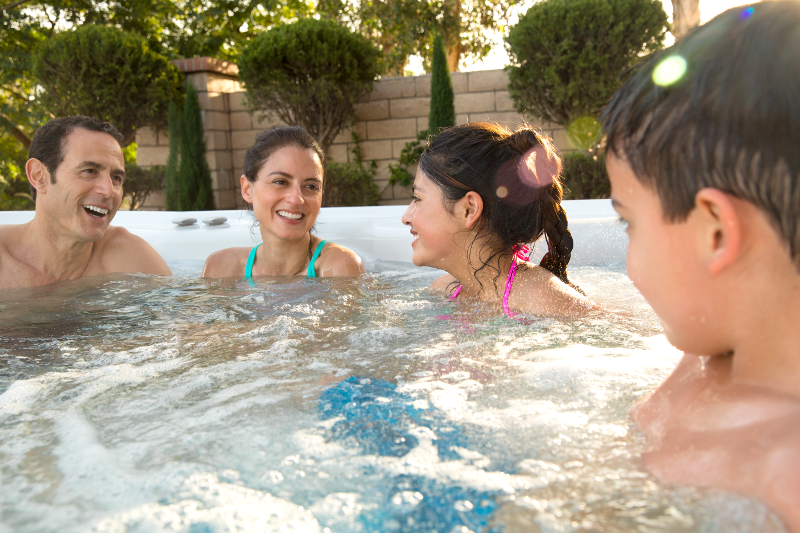 Highlife® Envoy™ - The perfect family spa | HotSpring Spas