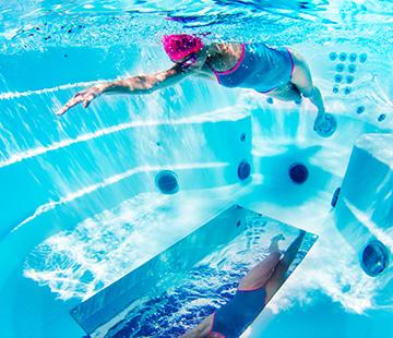 Underwater Mirror | HotSpring Spas