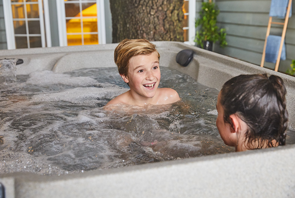 The Excursion Premier makes it easy to transition seamlessly from family fun to entertaining. | HotSpring Spas