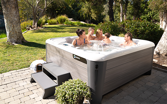 hot tub average life 560x350